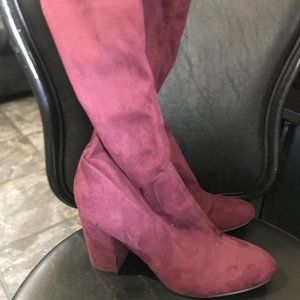 Over the knee Guess boots